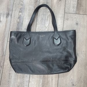 Marc jacobs black pebbled leather tote purse